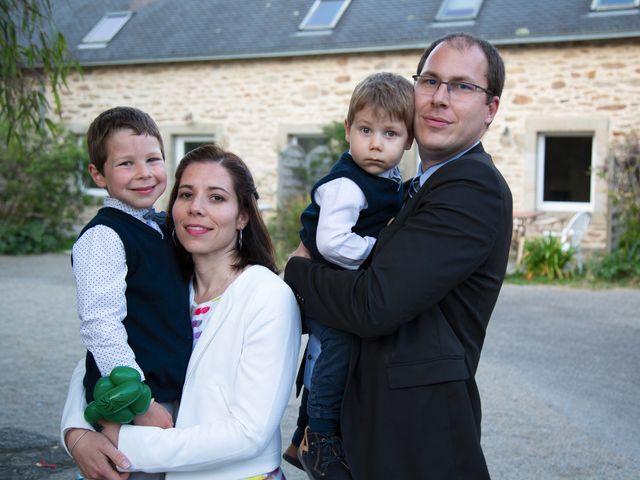 Le mariage de Sylvain et Nadia à Douarnenez, Finistère 40