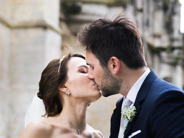 Le mariage de Jonathan et Marie-Amélie à Senlis, Oise 36