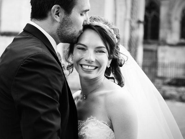 Le mariage de Jonathan et Marie-Amélie à Senlis, Oise 37