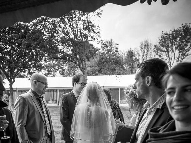 Le mariage de Victor et Isabelle à Tréguier, Côtes d'Armor 29
