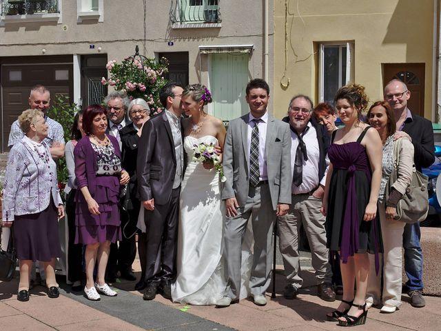 Le mariage de Bastien et Caroline à Sury-le-Comtal, Loire 11