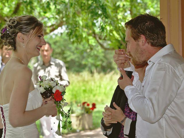Le mariage de Bastien et Caroline à Sury-le-Comtal, Loire 16