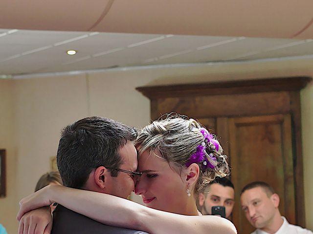 Le mariage de Bastien et Caroline à Sury-le-Comtal, Loire 24