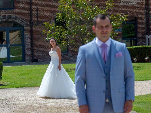 Le mariage de Victor et Elodie à Saint-Omer-en-Chaussée, Oise 9