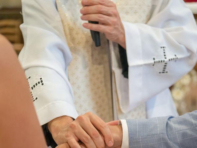 Le mariage de Victor et Elodie à Saint-Omer-en-Chaussée, Oise 20