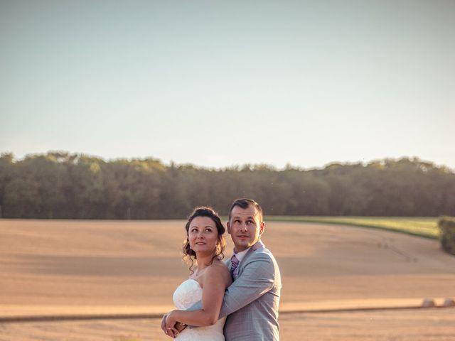 Le mariage de Victor et Elodie à Saint-Omer-en-Chaussée, Oise 26