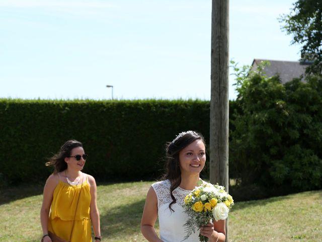 Le mariage de Maxime et Diana à Sainte-Honorine-du-Fay, Calvados 30