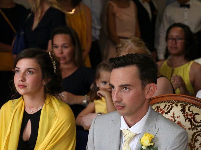 Le mariage de Maxime et Diana à Sainte-Honorine-du-Fay, Calvados 33