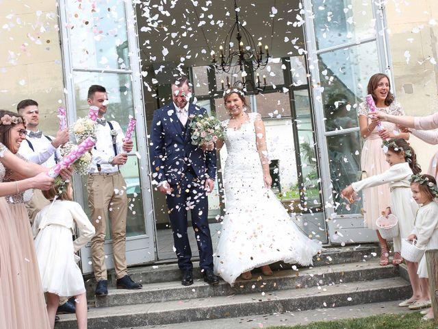 Le mariage de Clement et Emilie à Chaumont-en-Vexin, Oise 16