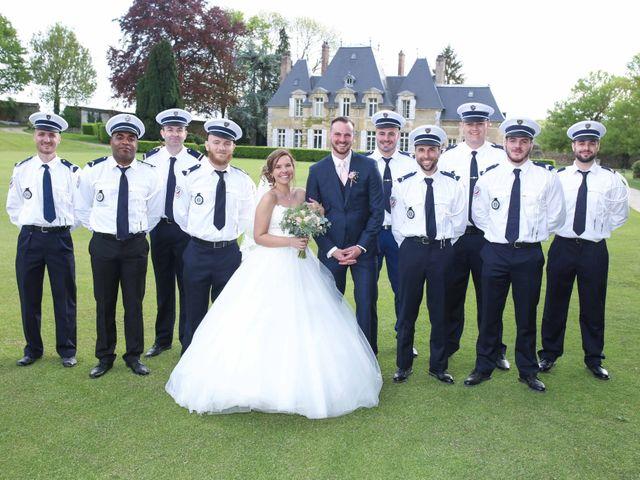 Le mariage de Clement et Emilie à Chaumont-en-Vexin, Oise 26