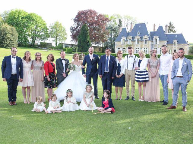 Le mariage de Clement et Emilie à Chaumont-en-Vexin, Oise 27
