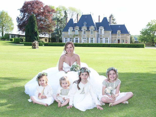 Le mariage de Clement et Emilie à Chaumont-en-Vexin, Oise 28
