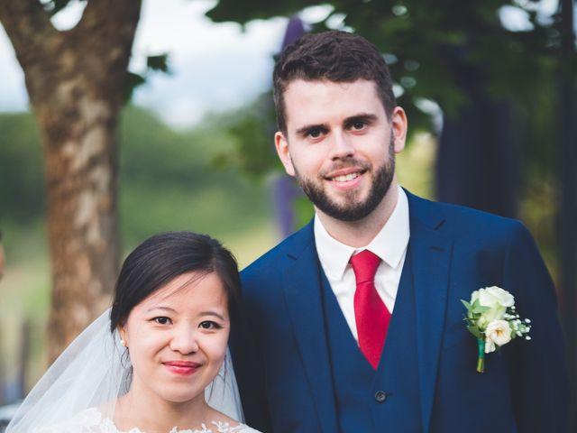 Le mariage de James et Hà (Mariée) à Auch, Gers 24