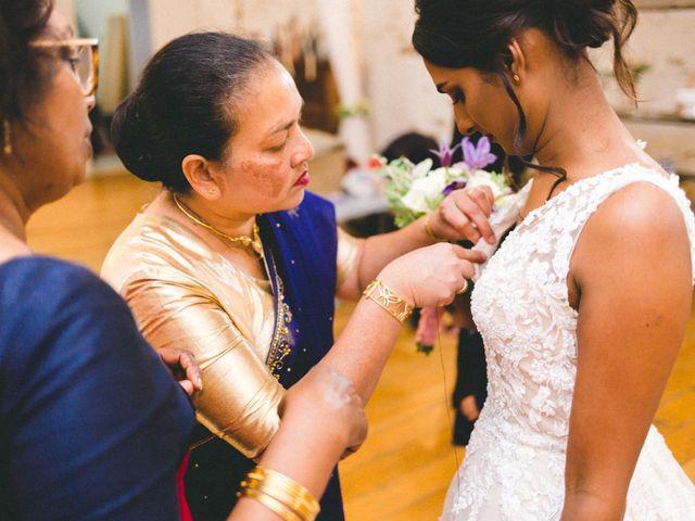 Le mariage de Alexis et Jayanie à Paris, Paris 22