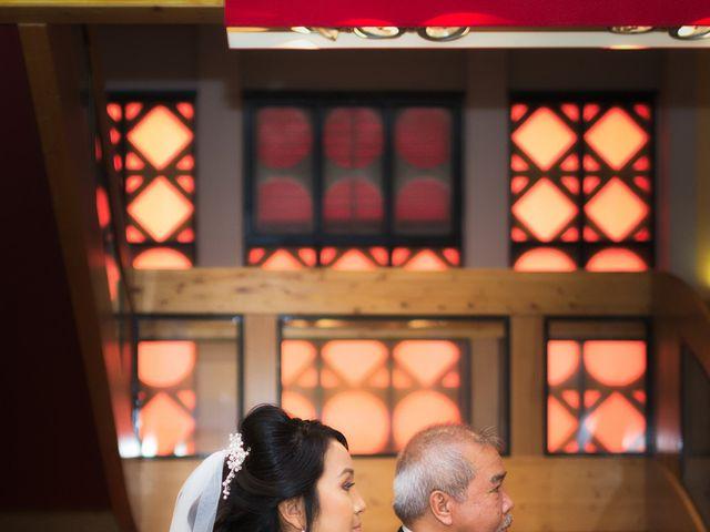 Le mariage de Mounir et Phimsuda à Décines-Charpieu, Rhône 6