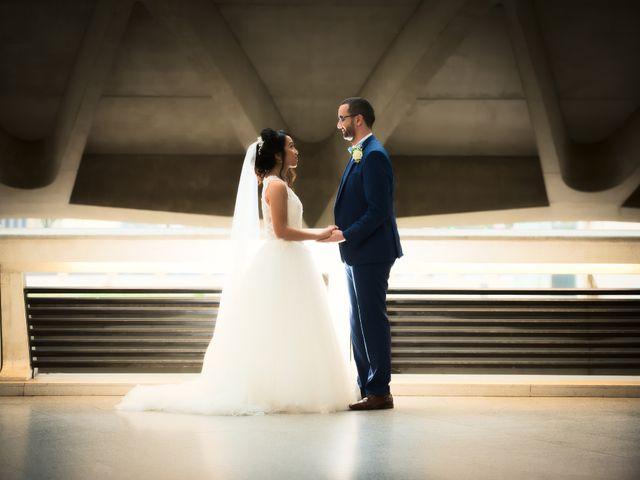 Le mariage de Mounir et Phimsuda à Décines-Charpieu, Rhône 13