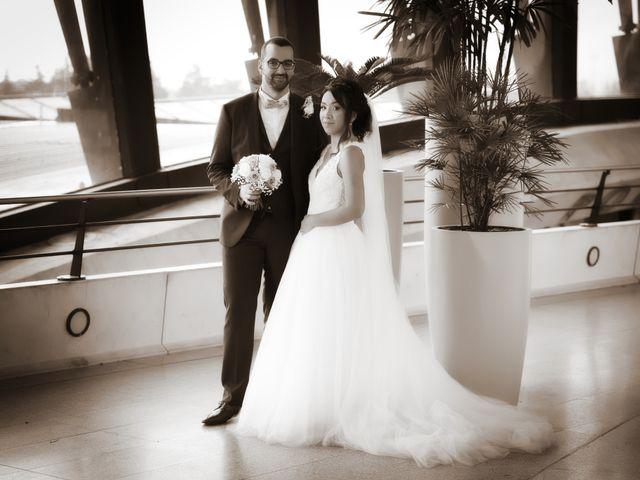 Le mariage de Mounir et Phimsuda à Décines-Charpieu, Rhône 16