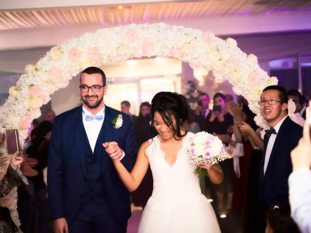 Le mariage de Mounir et Phimsuda à Décines-Charpieu, Rhône 33