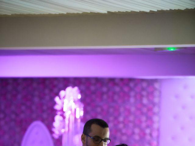 Le mariage de Mounir et Phimsuda à Décines-Charpieu, Rhône 35