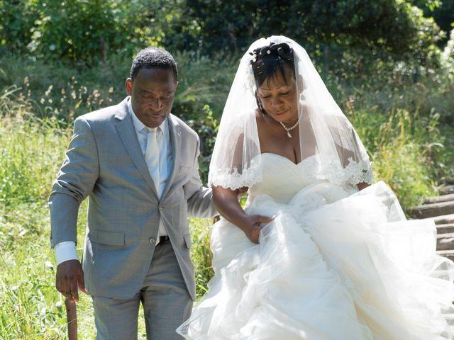Le mariage de Genevieve et Casimir