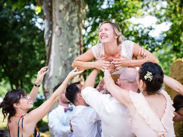 Le mariage de Corentin et Samantha à Jaujac, Ardèche 56