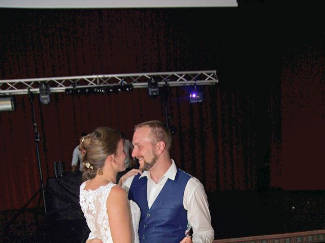 Le mariage de Jean-Charles et Bénédicte à Langueux, Côtes d'Armor 54