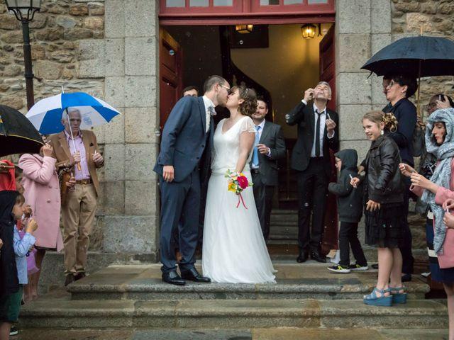 Le mariage de Adrien et Marie Alice à Saint-Malo, Ille et Vilaine 15