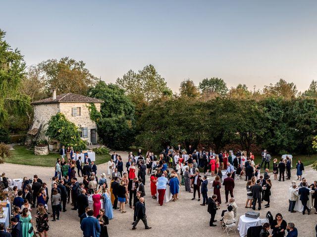 Le mariage de Thibaut et Barbara à Grignols, Gironde 43