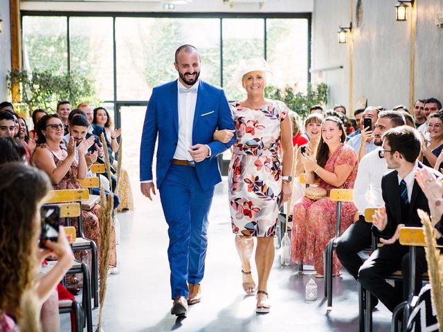 Le mariage de Gautier et Emeline à Bourg-de-Thizy, Rhône 9