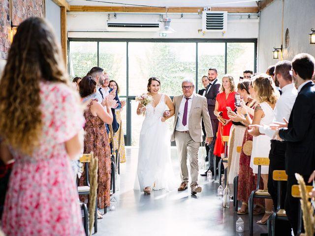 Le mariage de Gautier et Emeline à Bourg-de-Thizy, Rhône 10