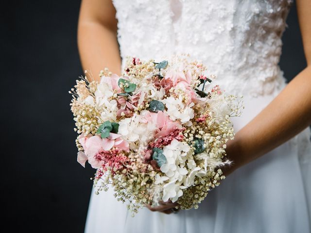Le mariage de Gautier et Emeline à Bourg-de-Thizy, Rhône 18
