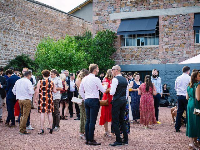 Le mariage de Gautier et Emeline à Bourg-de-Thizy, Rhône 23