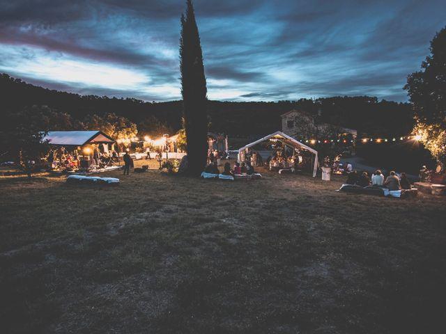 Le mariage de Guillaume et Laurie à Les Mages, Gard 63