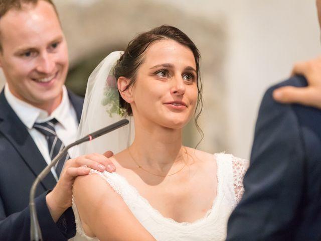 Le mariage de Thibault et Amélie à Mont-Dol, Ille et Vilaine 15