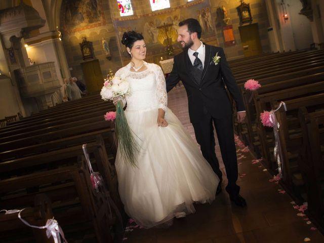Le mariage de Emily et Kevin à Belleville-sur-Meuse, Meuse 10