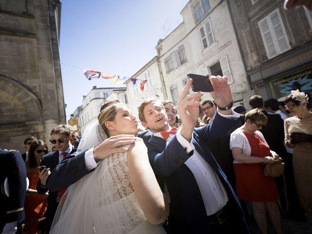 Le mariage de Antoine et Amélie à Cognac, Charente 39