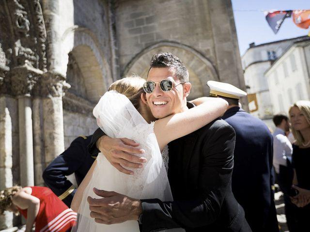 Le mariage de Antoine et Amélie à Cognac, Charente 41