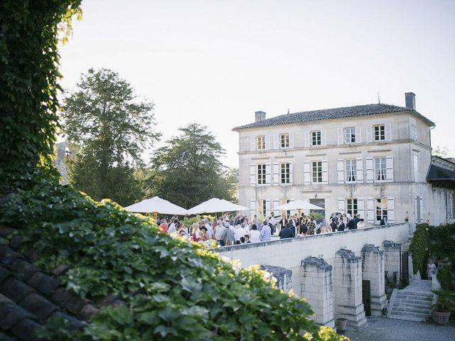 Le mariage de Antoine et Amélie à Cognac, Charente 53