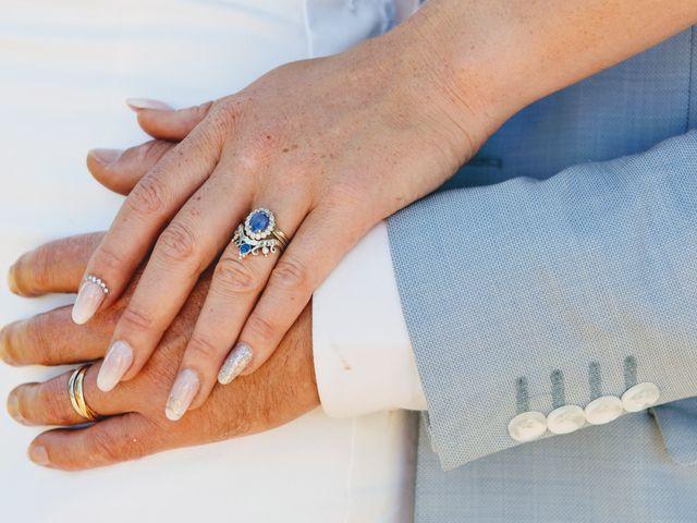 Le mariage de Simon et Lorelei  à Boz, Ain 1