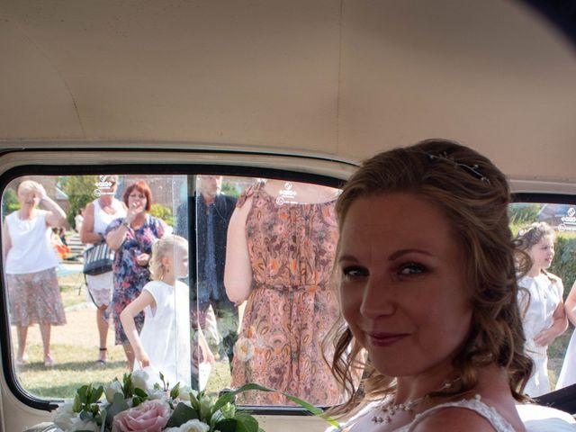 Le mariage de Benoit et Emilie à Doméliers, Oise 22