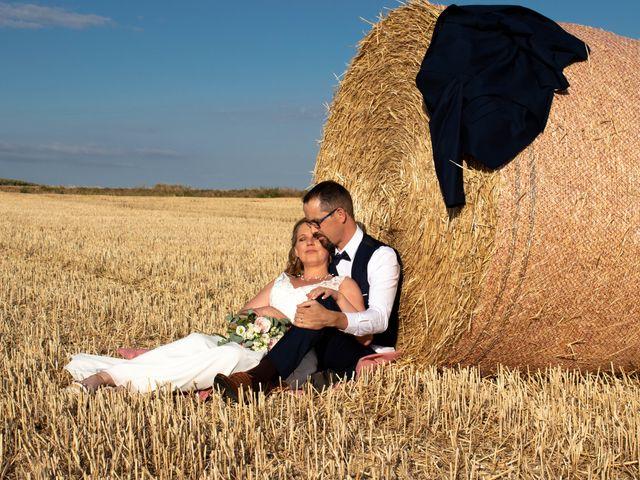 Le mariage de Benoit et Emilie à Doméliers, Oise 2
