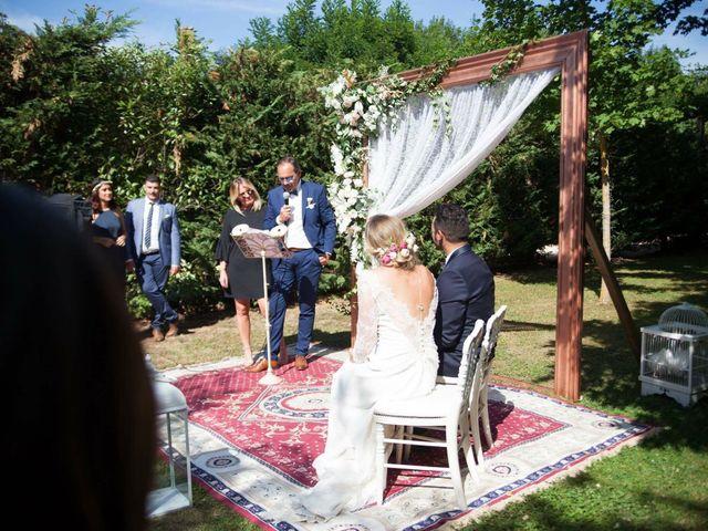 Le mariage de Naem et Marine à Légny, Rhône 23