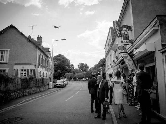 Le mariage de Julien et Delphine à Tours, Indre-et-Loire 4