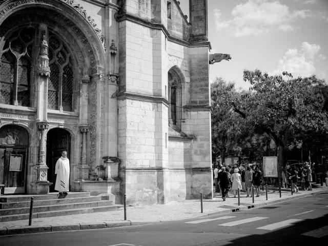 Le mariage de Julien et Delphine à Tours, Indre-et-Loire 9