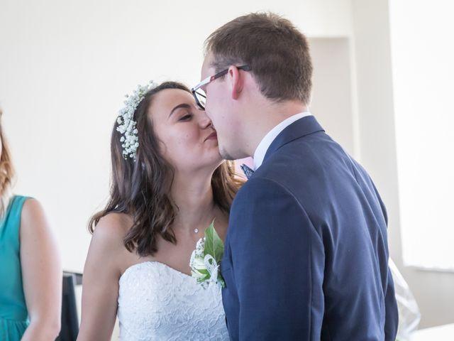 Le mariage de Baptiste et Nassima à Bayeux, Calvados 4