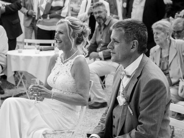 Le mariage de Véronique et Bruno à Le Plessis-aux-Bois, Seine-et-Marne 27