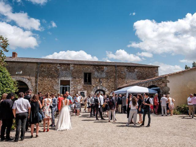 Le mariage de Julien et Hélène à Basse-Goulaine, Loire Atlantique 34