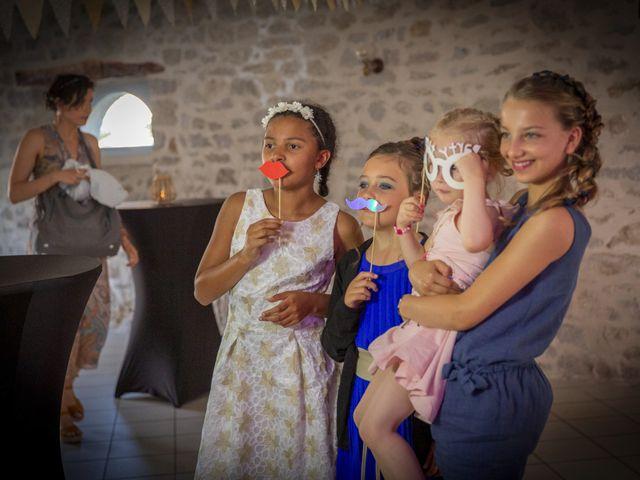 Le mariage de Cédric et Camille à Argentat, Corrèze 5
