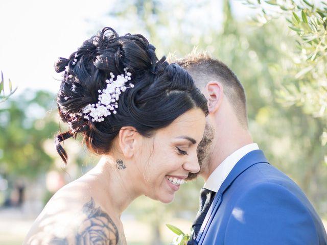 Le mariage de Mathieu et Deborah à Nîmes, Gard 1
