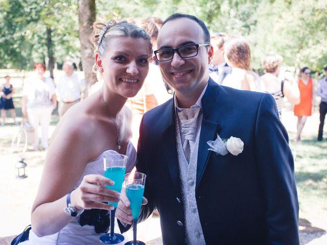 Le mariage de Florian et Aurélie à Bords, Charente Maritime 20